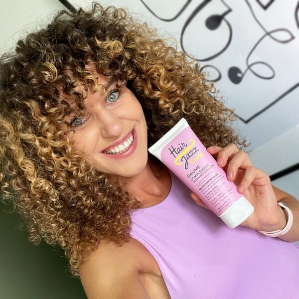 Hair Jazz Curls shampooing formant les boucles